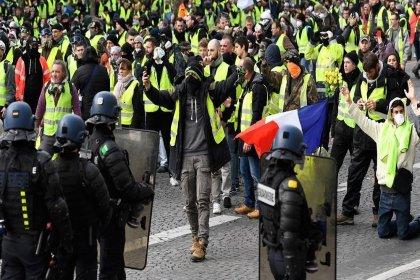 Sarı Yelekliler 12. haftada yine sokaklarda