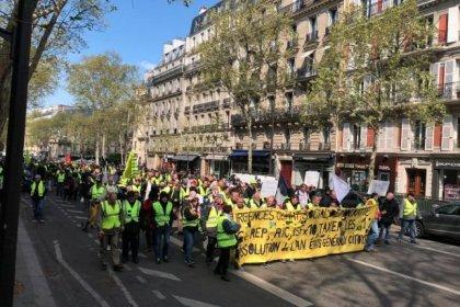 Sarı Yelekliler 22. haftada Macron'un 'tedbirlerine' karşı yürüdü