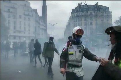 Sarı yelekliler eylemlerinin birinci yılında yine çatışma çıktı