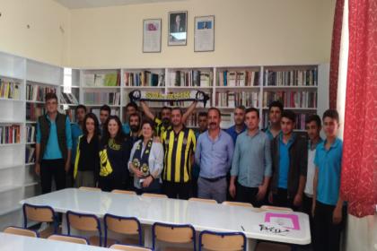 Sol Açık, topladığı 5 bin kitap ile Sivas'ta bir liseye kütüphane kurdu