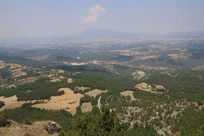Su kaynaklarının yüzde 40'ının doğduğu, birinci derece deprem bölgesi olan Murat Dağı'nda altın madeni tehdidi