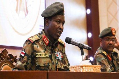 Sudan'da askeri yönetim, yasaların şeriat kurallarına dayanmasını istiyor