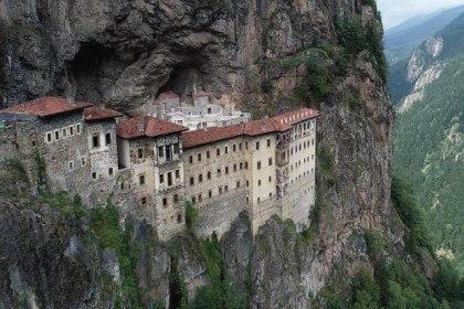Sümela Manastırı, 4 yıllık restorasyonun ardından ziyarete açılıyor