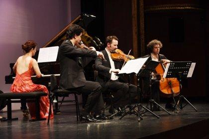 Süreyya Operası'nda besteler, jüri ve seyircilerin oylarıyla seçildi