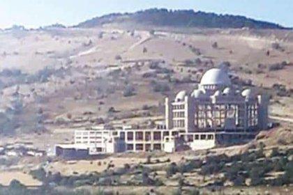 'Suriye'den Türkiye'ye gelen tarikat külliye inşa ediyor'