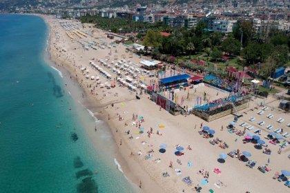 'Suriyelilere plaj yasağı'na belediye başkanından veto