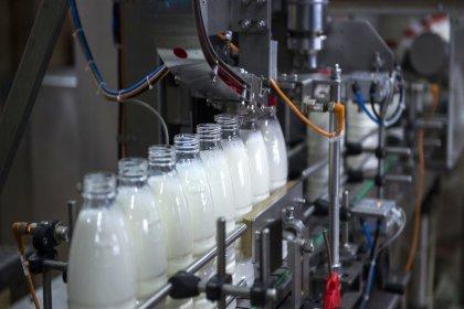 Süt üreticilerine ödenen prim 25 kuruştan 10 kuruşa düşürüldü