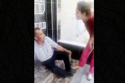 Tacizciyi terlikle dövüp polise verdiler!