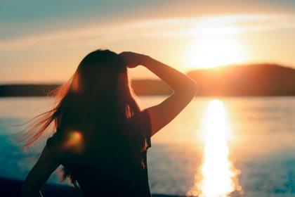 Tatilde gözleri tehdit eden 7 hatalı alışkanlık