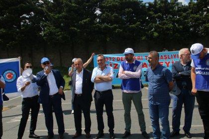 Tüpraş işçisi Koç Holding önünde