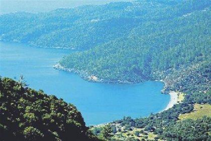 Turizm Bakanı Ersoy'un otel projesi için imar değişikliğine gidildi!