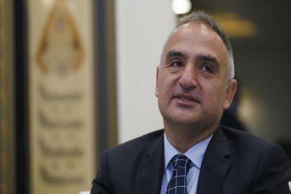 'Turizm Bakanı'nın şirketi yüzünden diğer acenteler iş yapamıyor'