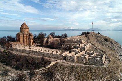 Turizmcileri sevindiren sit alanına inşaat kararı: Çivi çakmak bile yasaktı, artık çadır ve bungalovlara müsaade edilecek