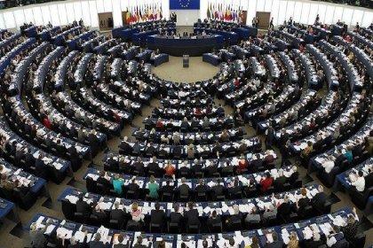 Türkiye ile müzakerelerin askıya alınmasını öneren rapor Avrupa Parlamentosu'nda kabul edildi