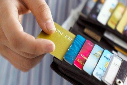 Vatandaşın kredi ve kredi kartlarına borcu 1 milyar lira arttı