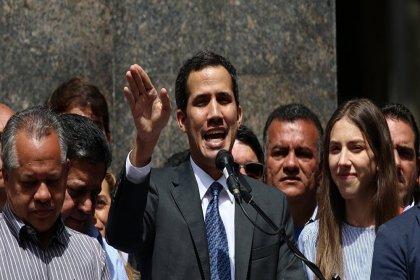 Venezüella'da Guaido'nun dokunulmazlığı kaldırıldı