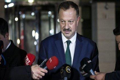 YSK'nın AKP temsilcisi Özel'den Gül ve Davutoğlu'na tepki: Sözüm ona muhterem dava adamları zevatın görüşleri hayret verici