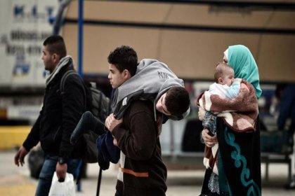 Yunanistan'a sığınmacı akını sürüyor