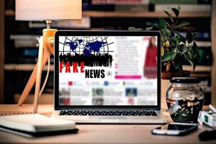 Zeki insanlar sahte haber ve komplo teorilerine daha çok inanıyor