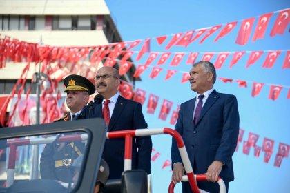 """Zeydan Karalar: """"Cumhuriyet Bayramımız kutlu olsun!"""""""