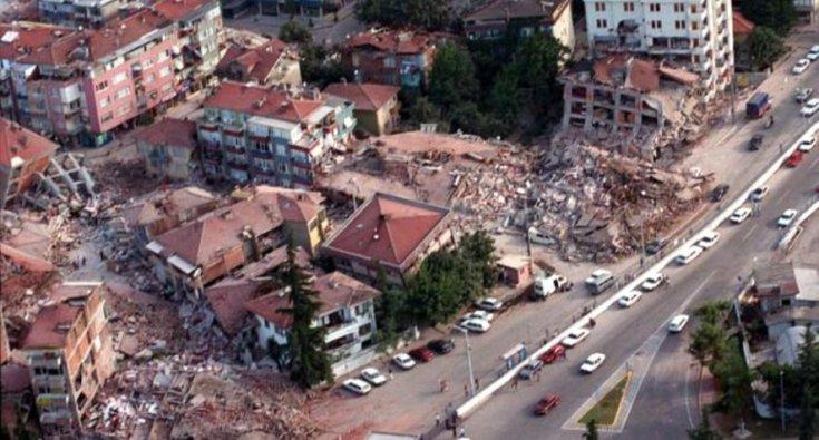 17 Ağustos depreminin üzerinden 21 yıl geçti