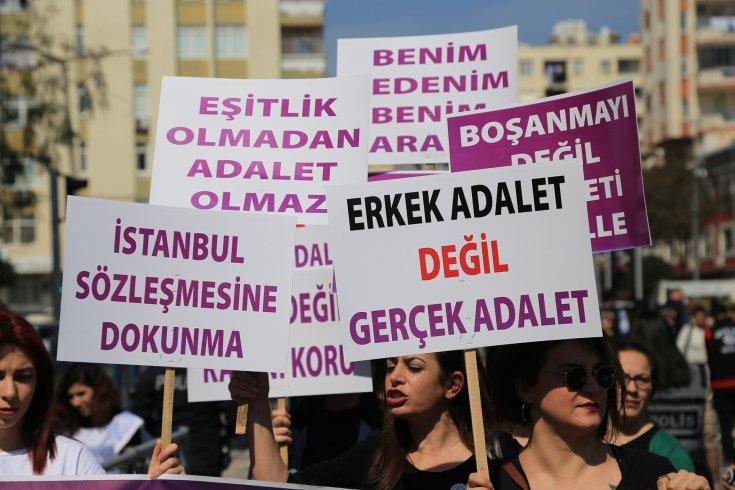 237 kadın örgütünden çocuk istismarına af girişimlerine ve İstanbul Sözleşmesi'ne saldırılara ilişkin açıklama