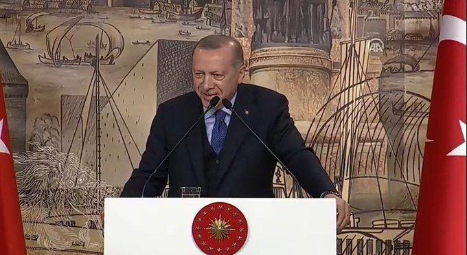 36 şehit açıklanırken Erdoğan'ın gülümsemesine sosyal medyada tepki yağdı