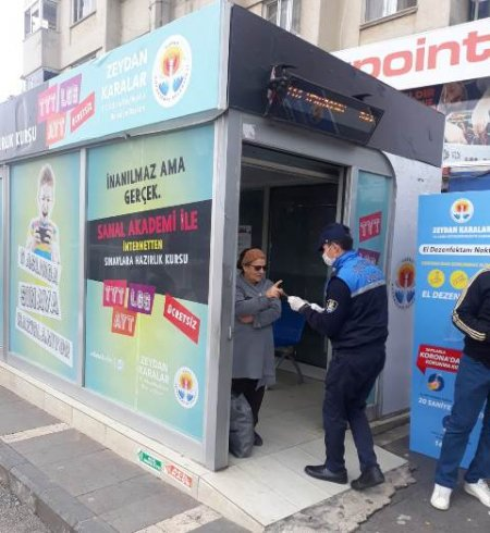 Adana Büyükşehir Belediyesi'nden koronavirüse karşı yurttaşa psikolojik destek