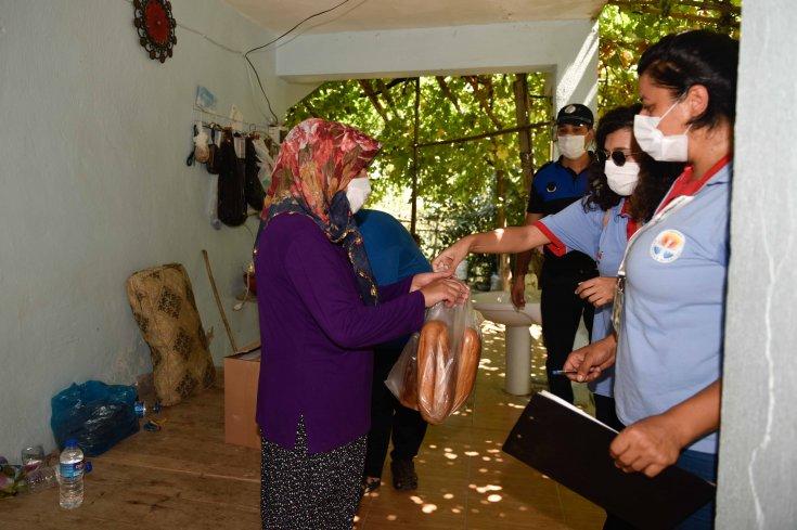 Adana Büyükşehir Belediyesi'nden Kozan yangınında mağdur olan yurttaşlara destek