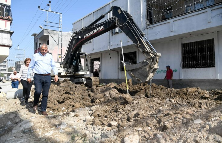 Adana'da altyapı çalışmaları devam ediyor