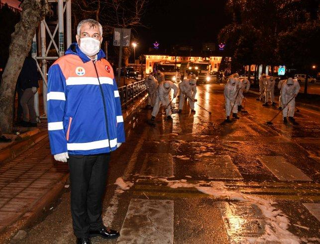 Adana'da sağlık çalışanlarına ücretsiz ulaşım ve park olanağı