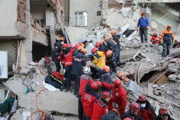 AFAD açıkladı; Elazığ depreminde ölü sayısı 38'e ulaştı