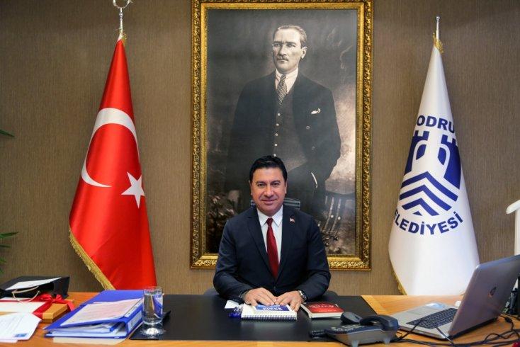Ahmet Aras: Ulusumuzun 29 Ekim Cumhuriyet Bayramı'nı kutluyorum