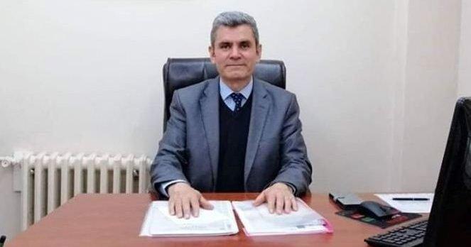 AK Partili Belediye Meclisi üyesi Başkan Yardımcılığı maaşını az bularak AK Partili belediyeyi mahkemeye verdi