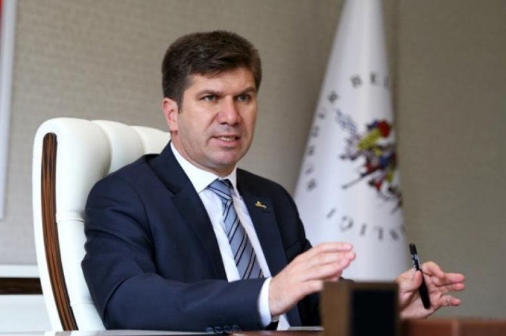 """AKP'li il başkanının """"Belediyeyi 140 milyon borca batırdı"""" iddiasına Burdur Belediye Başkanı'ndan sert yanıt"""
