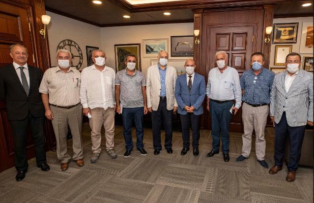 Alevi örgütlerinin temsilcilerinden Tunç Soyer'e ziyaret
