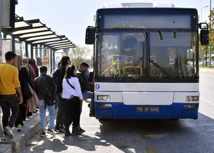 Ankara Büyükşehir Belediyesi'nden ODTÜ'lü öğrencilere ücretsiz servis hizmeti