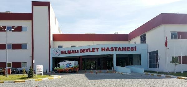 Antalya'da bir sağlık çalışanı koronavirüs nedeniyle yaşamını yitirdi