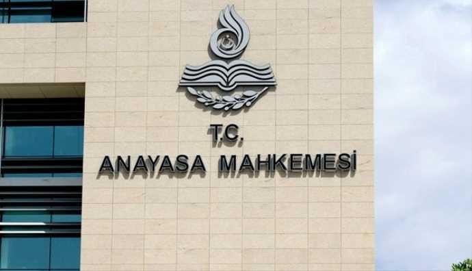 AYM'den Cumhurbaşkanlığı kararnameleri için ilk iptal kararı