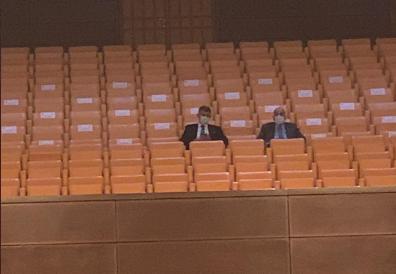 'Baro başkanları ablukada, Feyzioğlu baroları parçalama yasası TBMM'de görüşülürken locada sessizce cenaze törenini izliyor'