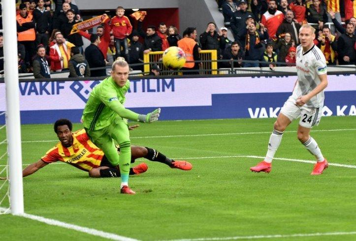 Beşiktaş, Göztepe'ye 2-1 mağlup oldu