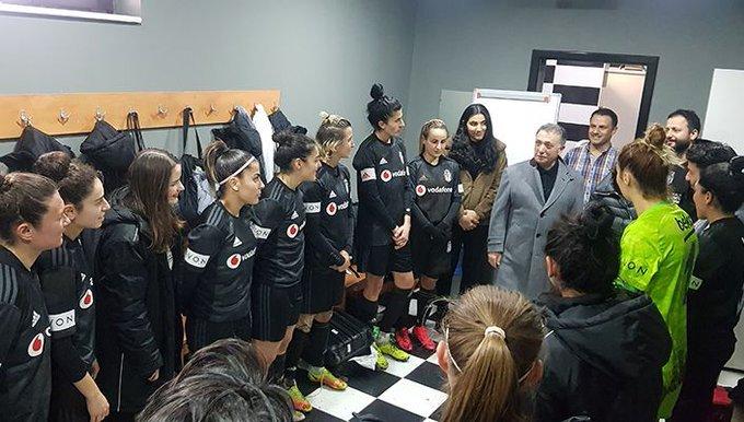 Beşiktaş JK Başkanı Ahmet Nur Çebi, dirseğini kırdı