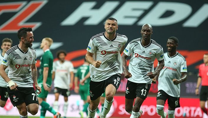 Beşiktaş, Konyaspor'u 3-0 mağlup etti