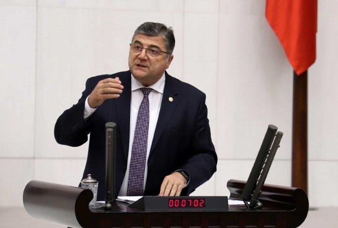 CHP İzmir Milletvekili Kamil Okyay Sındır, 'Esnafın %83'nün iş hacmi daralmış durumda esnaf tükendi, destek bekliyor!'