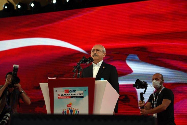 CHP kurultayında 81 il başkanının tamamı Kılıçdaroğlu'na imza verdi