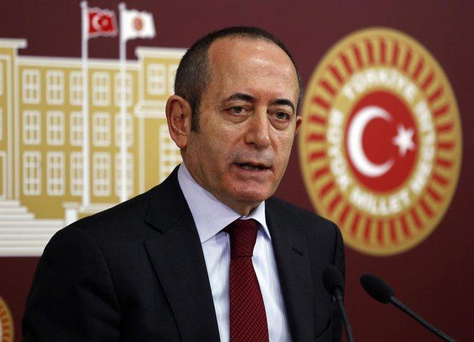 CHP'li Hamzaçebi'den Çekmeköy'deki askeri alanın plan değişikliğiyle yapılaşmaya açılmasına tepki: İstanbul'a ihanet süreci devam ediyor