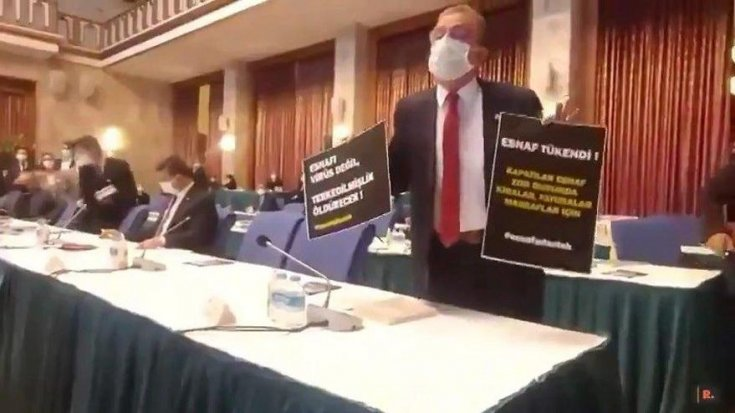Devlet esnafa desteği şirketlerden istedi