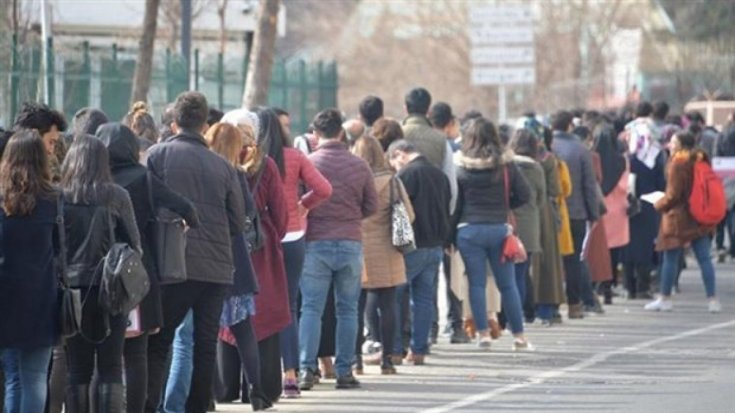 DİSK-AR: Geniş tanımlı işsiz sayısı 17,2 milyona yükseldi