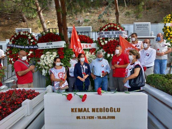 DİSK eski Genel Başkanı Kemal Nebioğlu mezarı başında anıldı