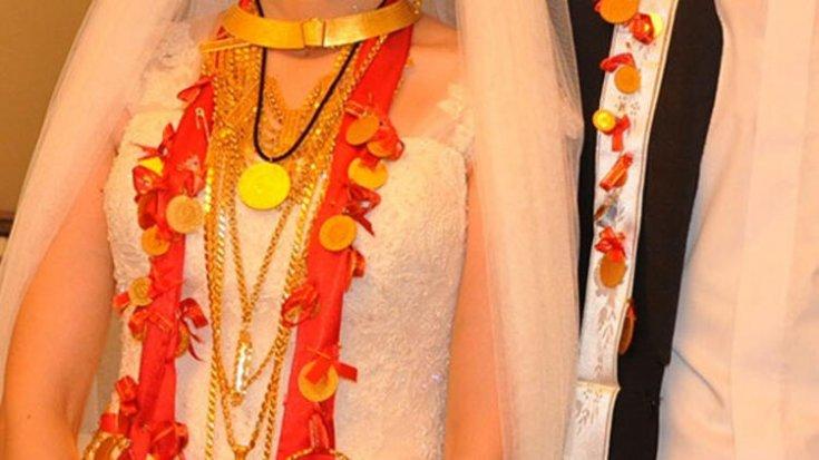 Düğünde takılan takılarını istedi, mahkemeden 40 yıl sonra iade kararı geldi